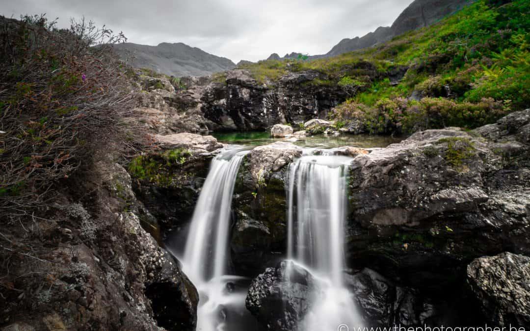 Prachtige watervallen van Fairy Pools in Schotland